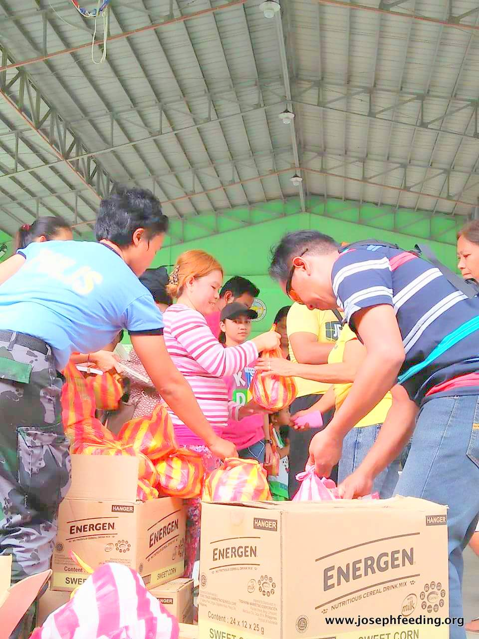 Mayon Relief Operation: Comun, Camalig, Albay